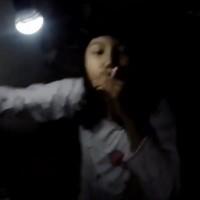 Penampakan Video Youtube Hot Perempuan Merokok Sambil Remas Dada Ini Bikin Netizen Murka !